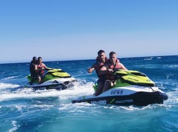Excursion a Campoamor o La Mata en Moto de agua